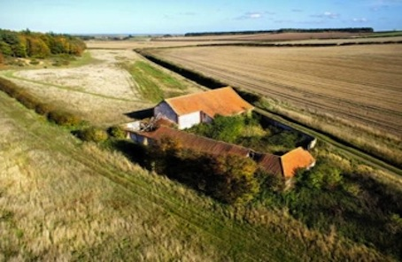 Quintessential barn conversion, Norfolk coast and rolling hills