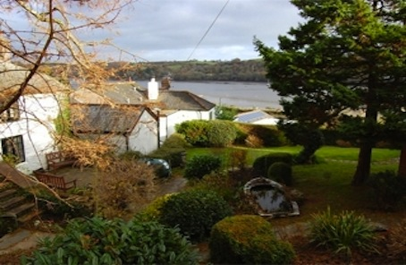 No senses working overtime at Cornish waterside cottage
