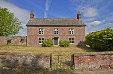 Outstanding listed Shropshire farmhouse, several barns and planning