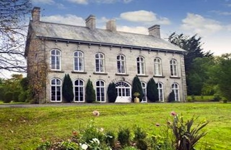 Manorial Dartmoor Country House Worthy of its own Ghost