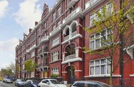 Bring a grand Marylebone mansion flat to the good end of the taste spectrum